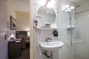 Bathroom - comfort twin room